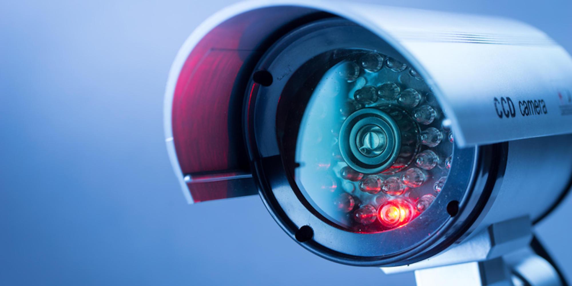 Comment cacher une caméra sans fil?